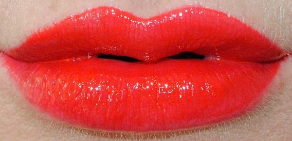 Flash Me - Shot of Colour Lip Oil