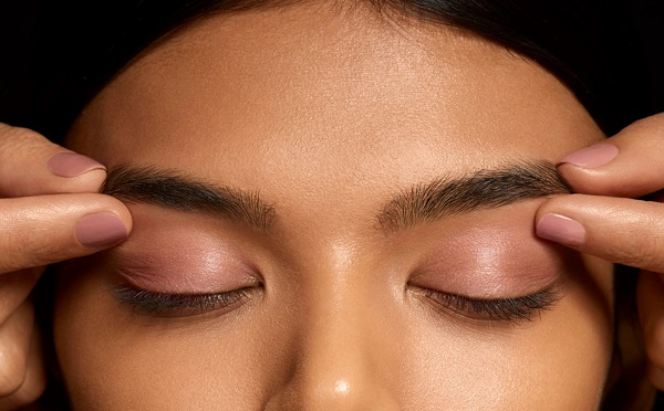 Brow Pinching - What is it & Why Do You Need It?