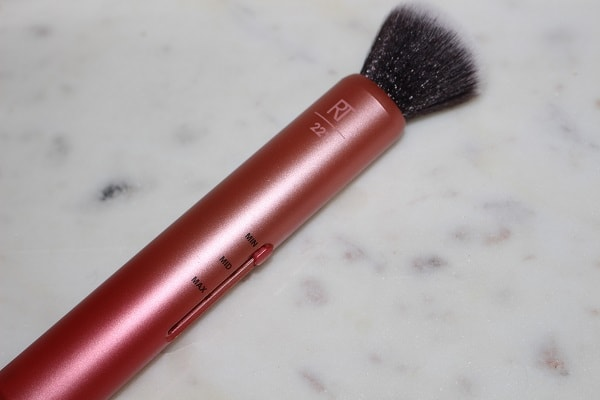 Real Techniques Custom Complexion Brush
